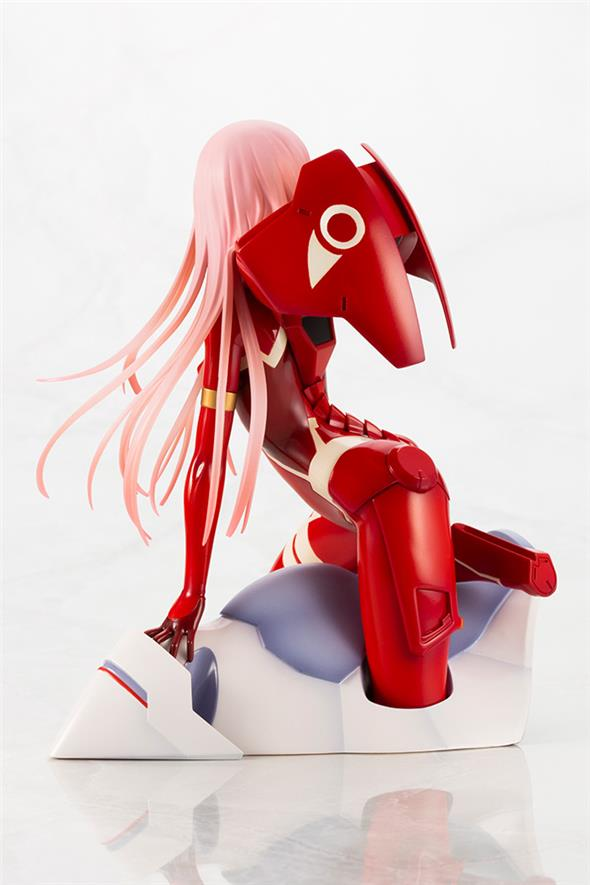 DARLING IN THE FRANXX - ZERO TWO DARLING
