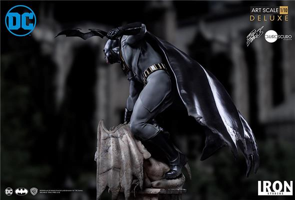 1/10 IRON STUDIOS - BATMAN BY EDDY BARROWS DLX ART STATUE