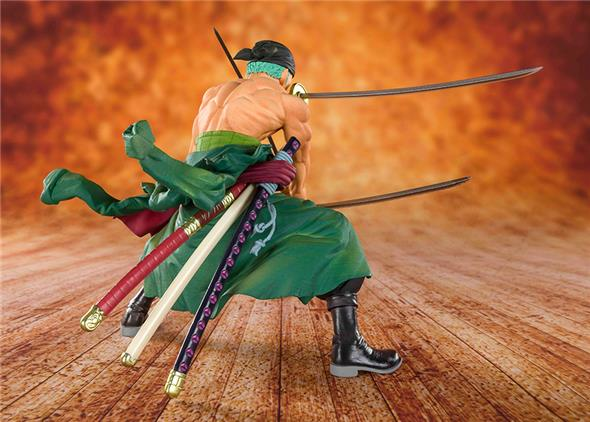 FIGUARTS ZERO - ONE PIECE PIRATE HUNTER ZORO (DIORAMA 2019)