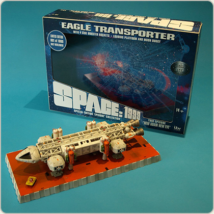 SPACE 1999 NEW ADAM NEW EVE DIE CAST