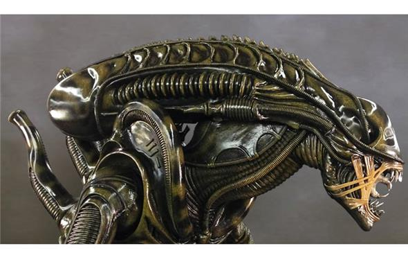 1/1 ALIEN WARRIOR STATUE