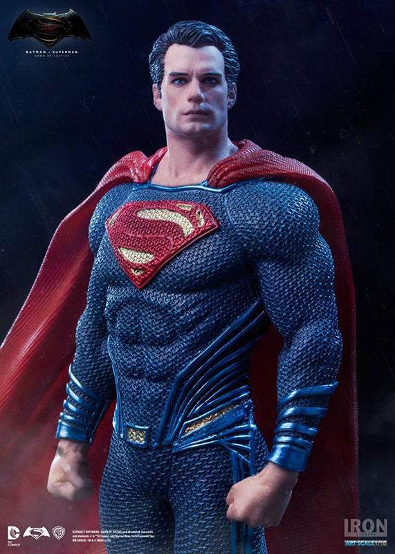 1/10 BATMAN VS SUPERMAN - SUPERMAN STATUE