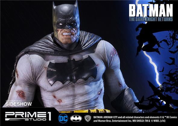 1/2 THE DARK KNIGHT RETURNS BATMAN