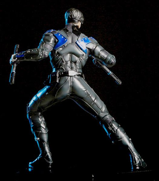 1/10 ARKHAM NIGHT - NIGHTWING STATUE